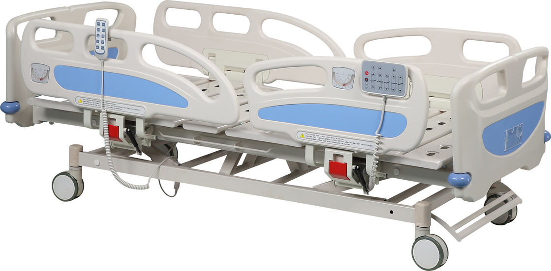 Adjustable Electric Remote Hospital Bed 4 Double Side Silcent Wheels For ICU